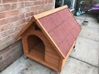 Medium sized dog kennel in vgc