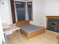 PECKHAM RYE - DENMARK HILL - EAST DULWICH - 4 Bedroom 2 Bathroom with Garden Copleston Road SE15 4AN