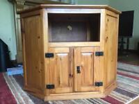 Pine Corner TV Unit Stand