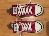 New Converse all star size 6