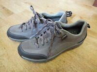 Clarks WaveWalk Shoes - womens size 6.5 - Worn Once - £12