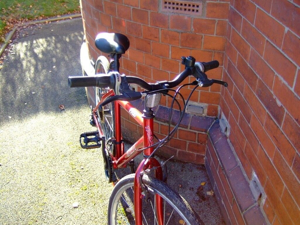 Trax T700 Hybrid Town Road Bike Manchester Student In Burnage