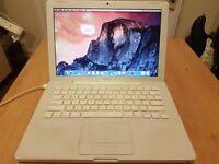 Apple Macbook 2009. Core 2 Duo, 2gb RAM, 120gb HHD, OSX 10.10.5