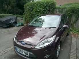 Ford Fiesta Zetec 2009 59 plate. Lady owner.