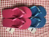 X2 pairs of BNWT GANDY'S flip flops size 5-6
