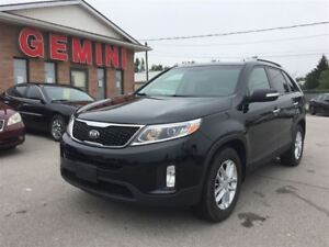 2015 Kia Sorento LX Bluetooth Heated Seats One Owner