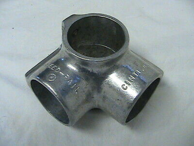 """1-5//8/"""" 1-1//4/"""" Speed Rail Side Outlet Tee Fits Pipe O.D"""