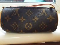 Real Louis Vuitton purse/mini handbag