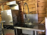 Commercial 3phase Dishwasher and Sink both in superb condition
