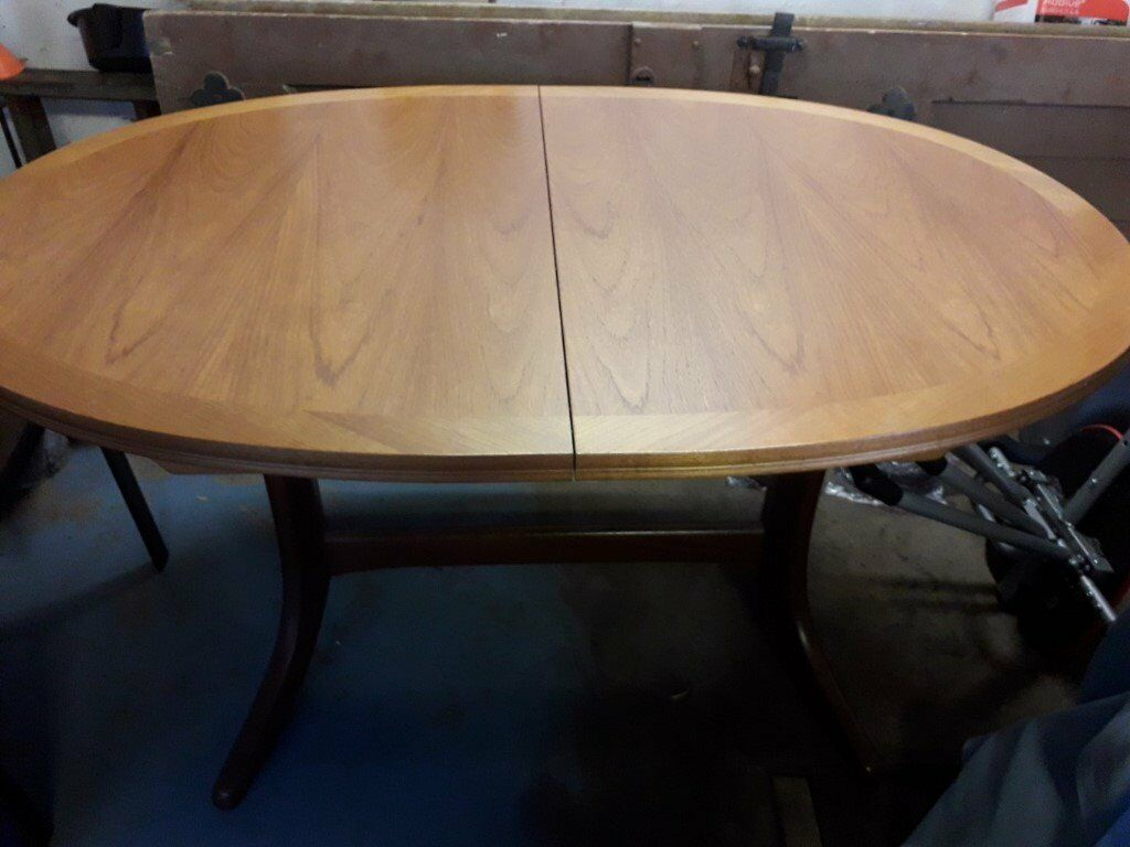 parker knoll dining table  in arnold nottinghamshire