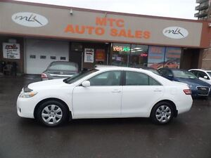 2010 Toyota Camry LE, CLEAN, RELIABLE