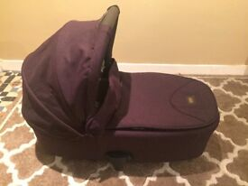 *Unused* Carrycot by mamas and papas