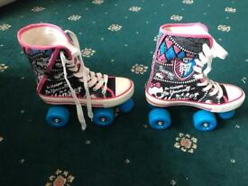 Immaculate condition Monster High Roller Skates