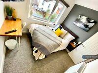 1 bedroom in Kent Road, Swindon, SN1 (#1202011)