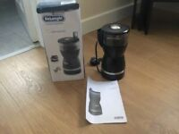 Brand new DeLonghi coffe grinder