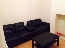 🌟🌟 2 beutiful and big double rooms available in my house!🏡 Tooting Broadway