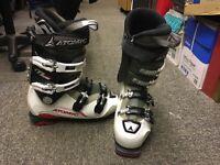 Atomic M-Tech 80 Ski Boots (Size 7)