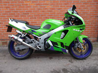 1997 Kawasaki ZX6R Green / 29182 Miles Only / Service History / Great Condition!