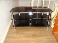 Glass TV Stand in Black in Excellent condition