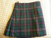 "Kilt 42"" to 44"" waist Scotland's National Tartan heavy weight tartan with kilt carrier"