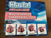 Tool or knife sharpener