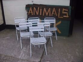 Metal chairs indoor or outdoor 6 available £5 each or 6 for £25 Delivery available