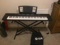 Yamaha NP-V80 electric piano/keyboard