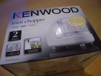 KENWOOD CH180 MINI CHOPPER. 300W. 350 Ml. 2 Speed. One Touch Operation. BRAND NEW IN BOX.