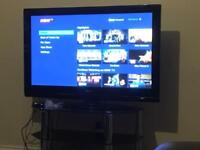 LG tv excellent condition 42 inch screen plus stand