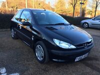 Peugeot 206 Black 1.1 Petrol Very Low Mileage/ only one lady owner
