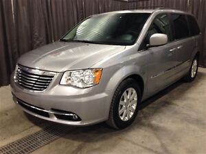 2014 Chrysler Town & Country Touring *Leather* *Heated/Power Sea