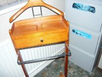 Gentleman's valet stand. Hanger, trouser rail and small drawer.