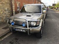 Mitsubishi Pajero 2.8 Exceed Turbo Diesel - fully loaded