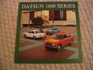Car brochures 1986 to 2006 Chevy Olds Ford Pontiac