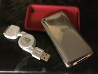 iPod Touch 32GB 4th Generation with charger
