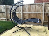 Helicopter garden chair
