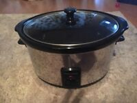 Brand new morphy Richards slow cooker - never been used - spotless