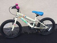 """VGC girls bike for sale, suitable for age 6 to 8 (18"""" wheel size)"""