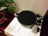 Pro-Ject (Project) Elemental turntable record player with phono preamp, great condition and sound