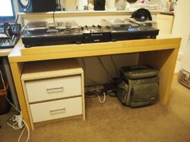 QUICK SALE Ikea malm style birch effect chunky wooden table, DJ deck table, student, study
