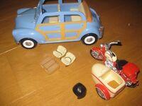 SYLVANIAN FAMILIES MOTORBIKE AND CAR