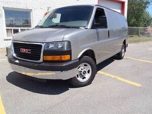 2004 GMC Savana G2500, Gas