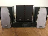 Techincs SU-V405 Amplifer with 360 Watts of Technics Speakers