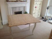 Shabby Chic Extentable Dining Table/Table. SOLID WOOD. no mdf.