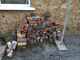 Free bricks / hardcore