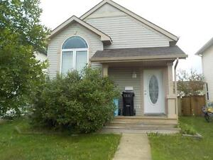 165B Diefenbaker - Basement suite with Full Kitchen!