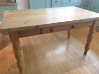 VINTAGE/ANTIQUE PINE FARMHOUSE KITCHEN/DINING TABLE WITH DRAWER