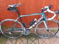 Cube Agree full carbon race bike