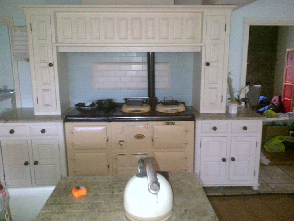 Excellent free standing solid wood In-frame hand painted kitchen & partial granite / wood work tops