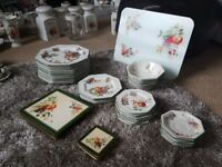 Collection of Fresh Fruits Crockery £50 the lot